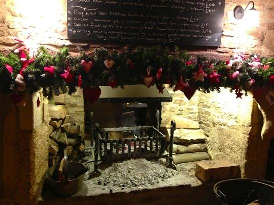 Horse & Groom: Fireplace at the inn.