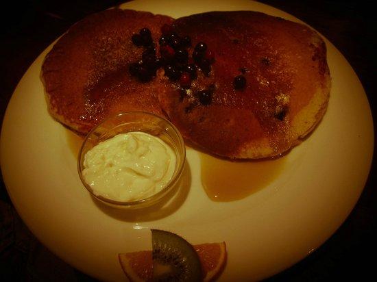 Marmalade Barcelona : Delicious pancakes with Greek yoghurt!