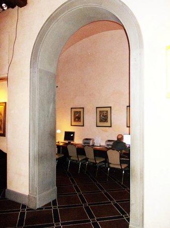 Grand Hotel Baglioni Firenze: sala internet
