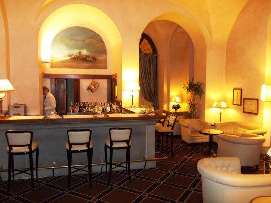 Grand Hotel Baglioni Firenze: bar