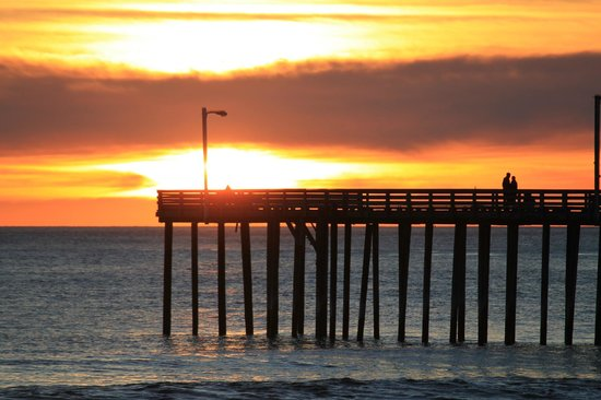 Cayucos Sunset Inn: Sunset