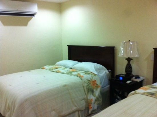 Rainbow Hotel: Nuestra habitación, muy cómoda