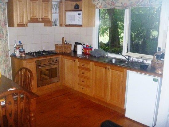Cottages Monreale: Kitchen - Oakbrook