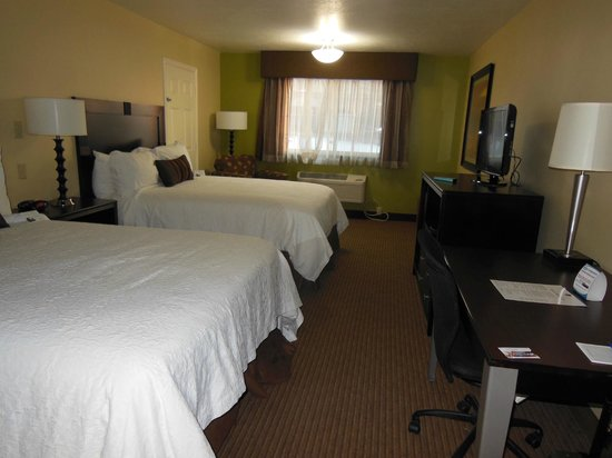 BEST WESTERN PLUS CottonTree Inn: Typical room