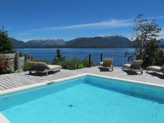 Luma Casa de Montana : La piscina in-out como se ve desde una habitación