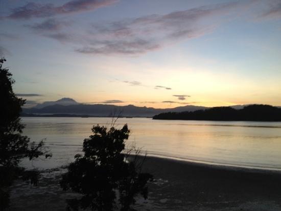 Gaya Island Resort: mt Kinabalu