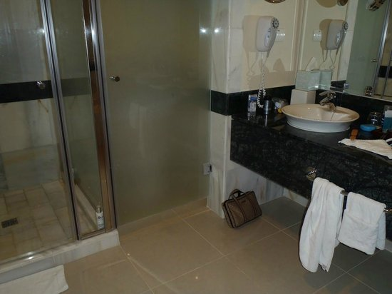 Luxury Bahia Principe Esmeralda Don Pablo Collection: Bath