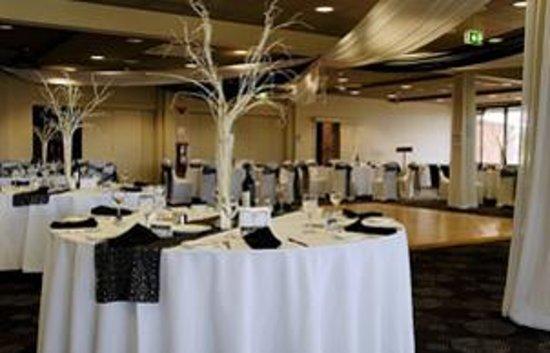 Blue Water Grill: Wedding Setup