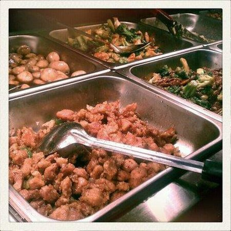 Hibachi Grill & Supreme Buffet: Steam tables are my buffet friends