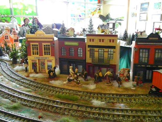 Nathanael Greene/Close Memorial Park: Train village