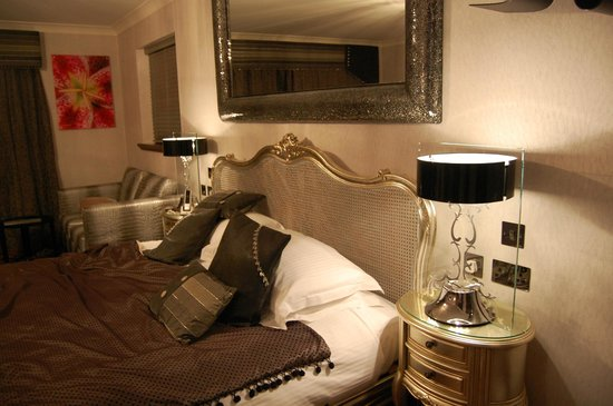 Windermere Suites: stunning decor ~ ambleside