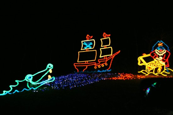 James Island County Park: Holiday Festival of Lights