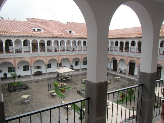 JW Marriott El Convento Cusco: Courtyard view from room