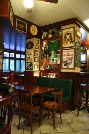 Pub Hotel Ristorante Nigra: IRISH PUB NIGRA