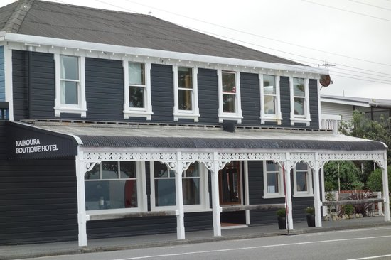 Kaikoura Boutique Hotel: Outside of Hotel