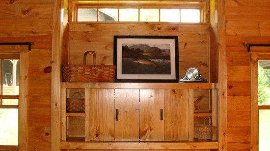 Dartbrook Lodge: Entertainment center