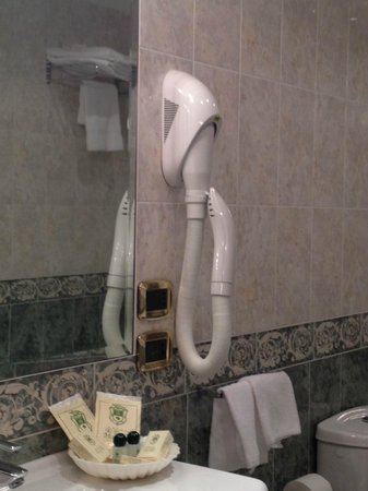 Hotel Al Ponte Mocenigo: Hairdryer a bit old school