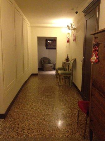 Hotel Al Ponte Mocenigo: hall in annex