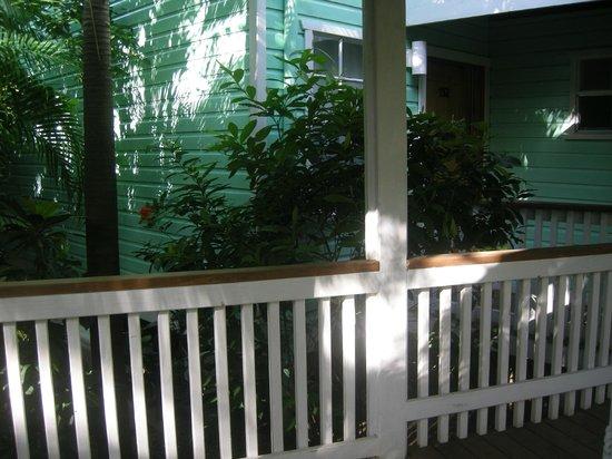 Henry Morgan Beach Resort: Extérieur des batiments des chambres