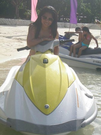 Dakak Park & Beach Resort: My cousin