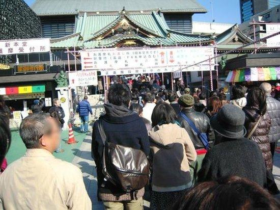 Fukagawa Fudodo : 初詣は賑やか