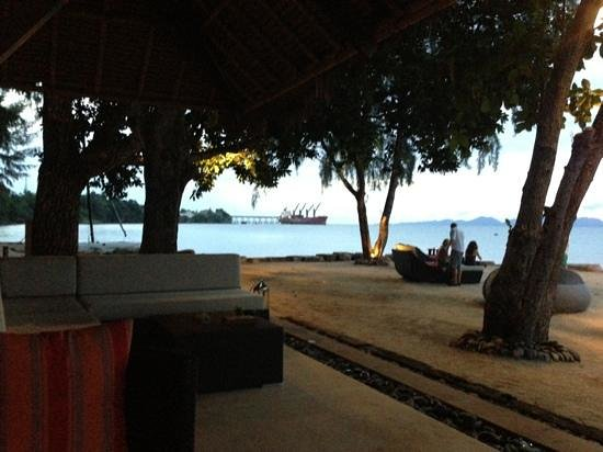 Phulay Bay, a Ritz-Carlton Reserve: Hotel Beach Bar