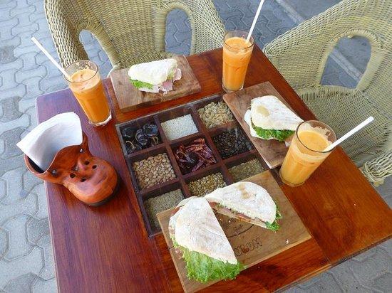 El Gourmet : Tulum Sandwich with fresh juice