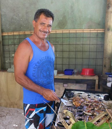 Kia Orana: Captain cooking fish