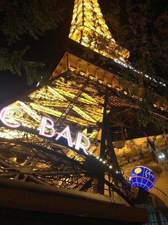 Paris Las Vegas: View from sidewalk