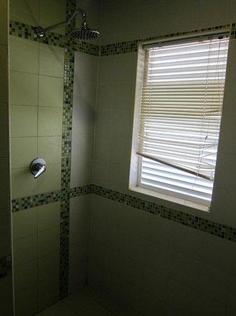 Ananda Villa: 浴室