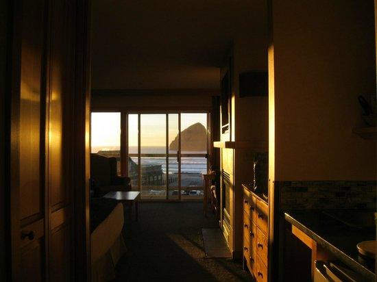 Inn At Cape Kiwanda: King room