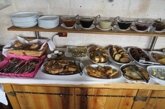 Kelebek Special Cave Hotel: Sumptuous Breakfast - 1
