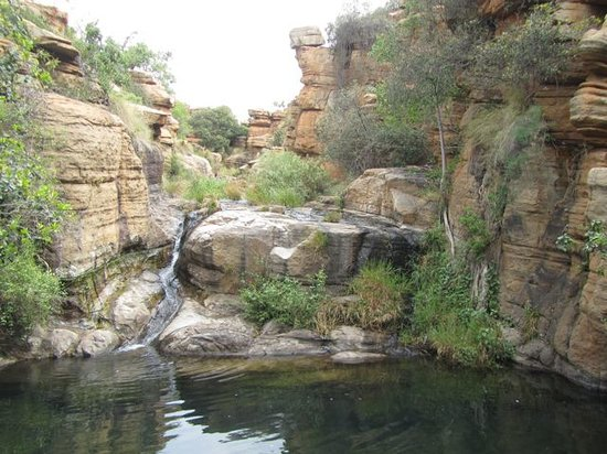 Mountain Sanctuary Park: One of the pools on the hike