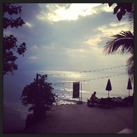 Haad Yao Bayview Resort & Spa: sunset view from restaurant