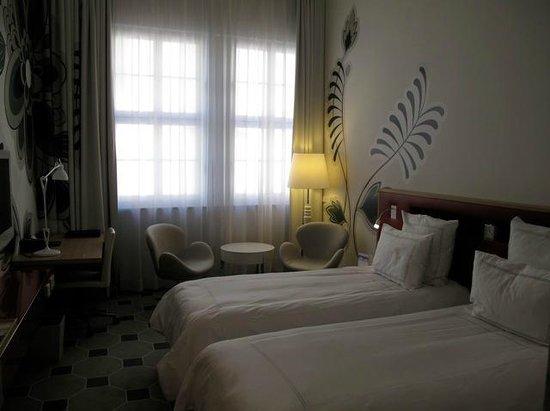 Swissotel Dresden: Room