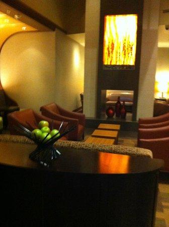 Hyatt Place Sacramento Roseville: lobby