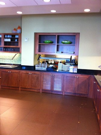 Hyatt Place Sacramento Roseville: Breakfast area