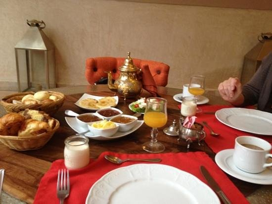 Riad Charai: breakfast