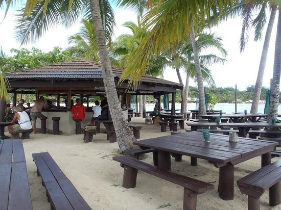 Musket Cove Island Resort: Island Bar