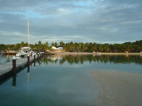 Musket Cove Island Resort : View of Marina from the Isand Bar