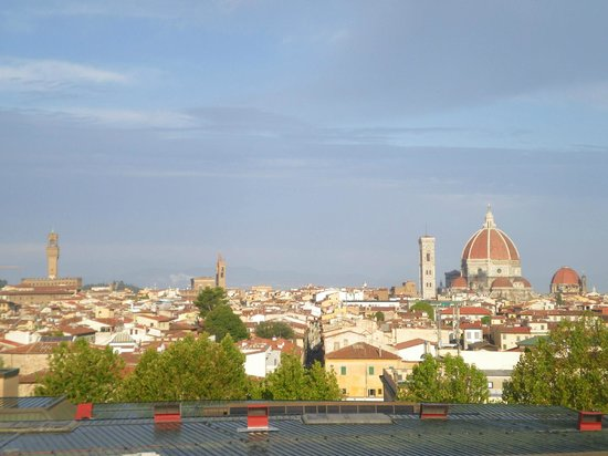 B&B Hotel Firenze City Center: Vue de la chambre d'hotel
