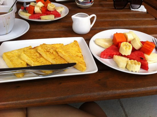 Sea Scene Resort: Superb Breakfast