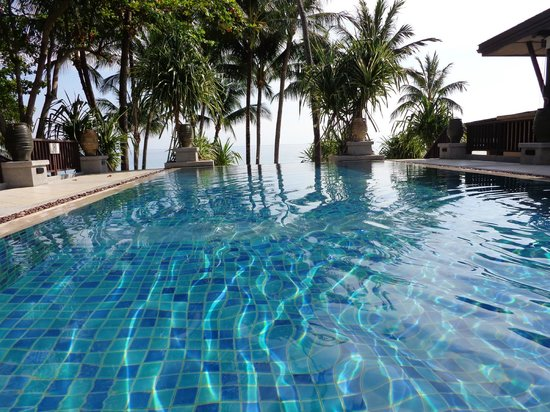 Impiana Resort Chaweng Noi: pool