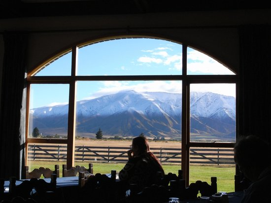 Countrytime Hotel: Nice view from the breakfast room