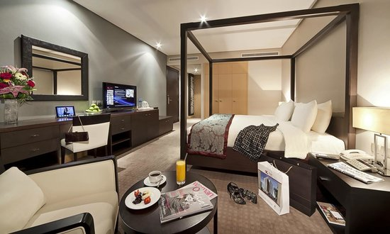 The K Hotel: Deleuxe Room