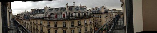 """Hotel de l'Arcade: Die Aussicht vom kleinen """"Raucher""""-Balkon"""