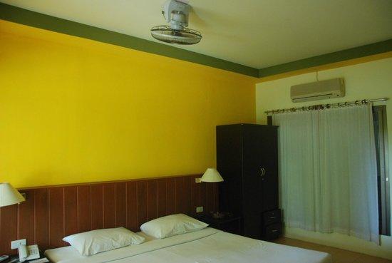 Kohhai Fantasy Resort & Spa: Room