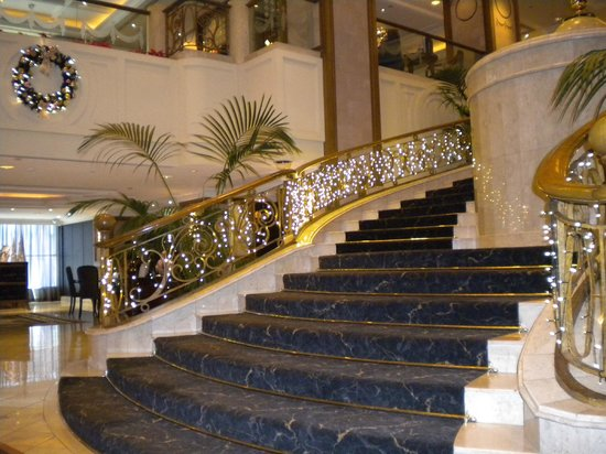 The Langham, Melbourne: Entrance Foyer
