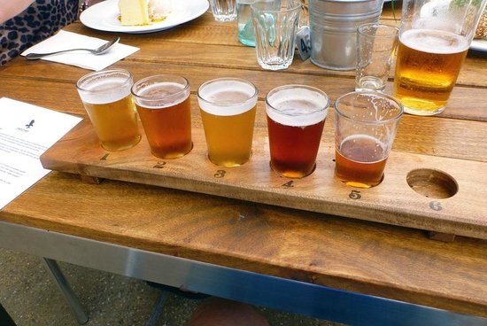 Eagle Bay Brewery: Beer tasting plate