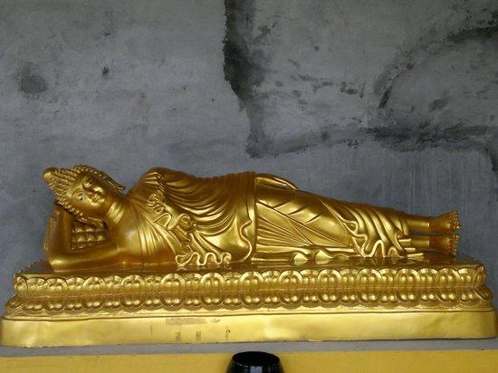 Gran Buda de Phuket: statue